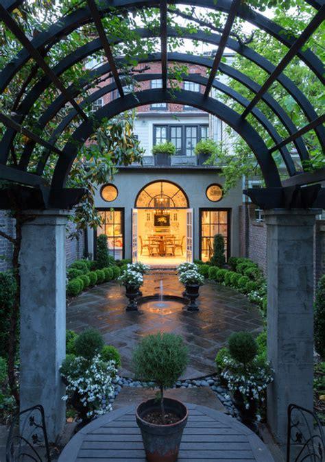 amazing courtyards  landscaping design ideas style