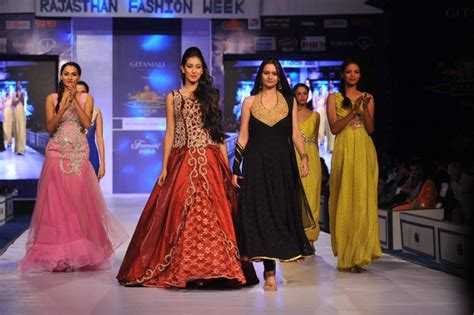 Facts About Fashion Week You Did Not by Top 10 Most Happening Fashion Shows In India Lisaa