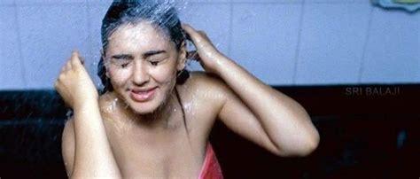 hansika bathroom photos hansika bathroom video going viral tollywood news