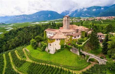 castle for sale amazing castles for sale around the world 38 pics