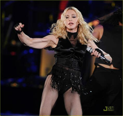 Madona Big Size madonna brings out the big guns photo 1416001 madonna