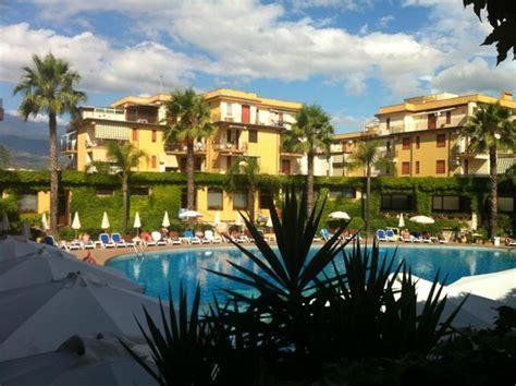 hotel caesar palace giardini naxos recensioni hotel foto di caesar palace hotel taormina giardini