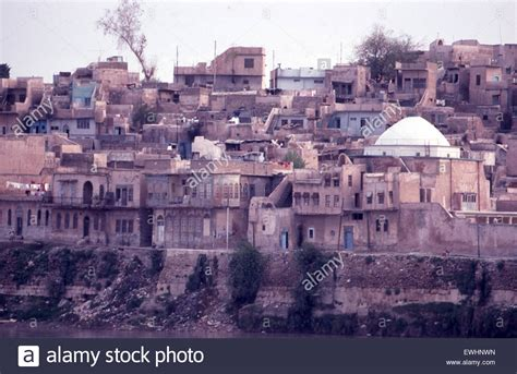 city of banks view of city of mosul on banks of tigris river in