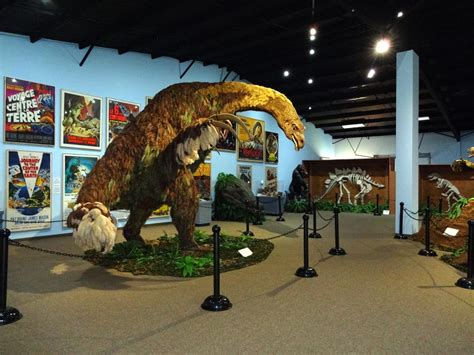dinosaurs with special reference to the american museum collections books the dinosaur museum in blanding utah