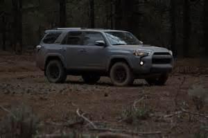 01 Toyota 4runner Toyota 4runner Trd Pro Front Three Quarter 01 Motor Trend