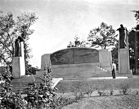Bell Lookup Ontario Of Science 10 Historic Monuments To Great Geeks Urbanist