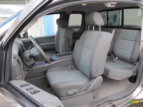 2006 Nissan Titan Interior by 2006 Nissan Titan Se King Cab 4x4 Interior Photos