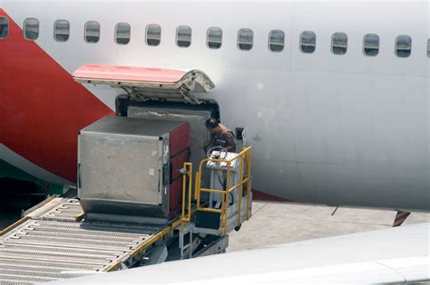 priority freight priorityfrt services air freight