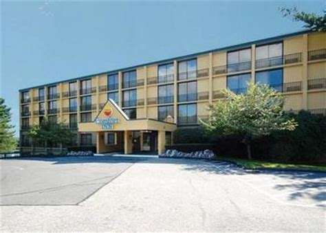 comfort inn danvers comfort inn north shore danvers deals see hotel photos