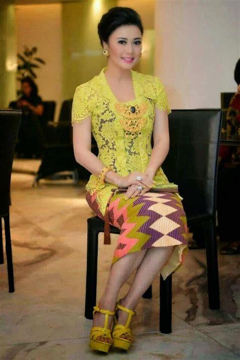 Batik Kebaya Baju Kebaya Wisuda Baju Kebaya Pesta Pernikahan model baju kebaya untuk wisuda yang popular kumpulan