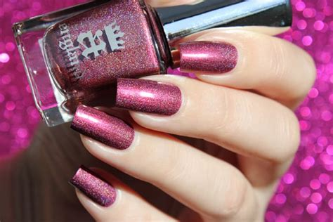 trendy  unique nail color ideas  sheideas