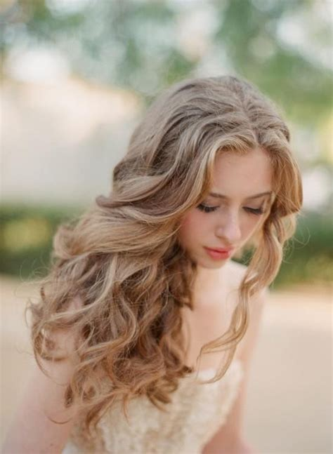 haircut soft curls at cheekbones 370 best images about curly hair styles on pinterest