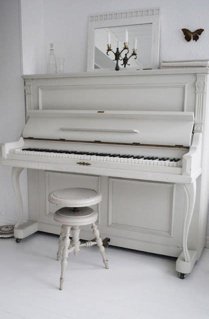 Piano Giveaway - win a piano in a flash course and learn to play the piano at home review and