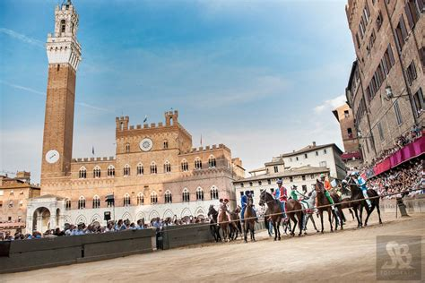 di siena the palio of siena the best pictures of the sienese event