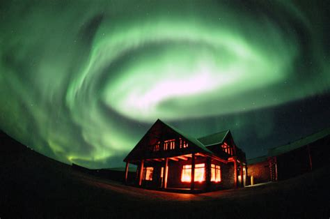 how do the northern lights work northern lights borealis what why how lazer