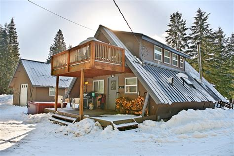 Cabin Rentals Mt Rainier by Getaway Chalet Bunkhouse Vacation Rental Cabin