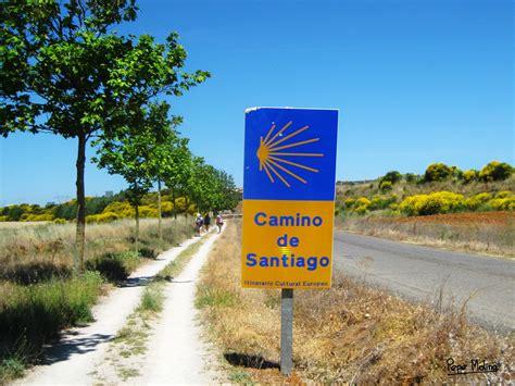 el camino santiago il cammino di santiago on camino de santiago