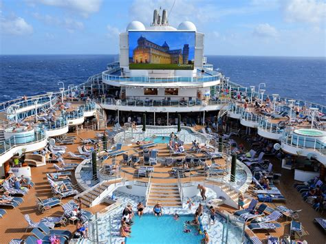 norwegian cruise vs carnival we compared the prices and amenities of standard rooms on
