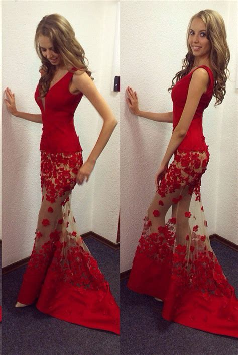 Sexy Red V Neck Mermaid 2017 Prom Dresses Sheer Skirt long Lace 2018 Prom Dresses Prom Dresses