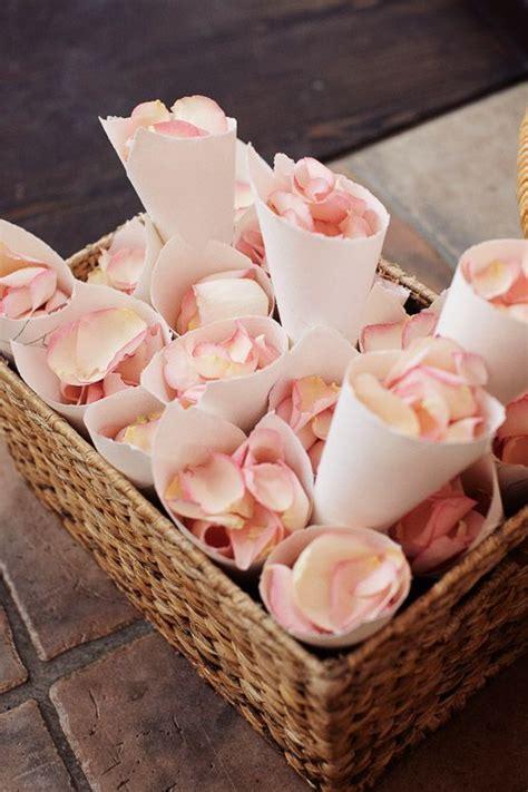 Deko Hochzeitstag by Flowers For The Ceremony Blumen Zum Werfen F 252 R Die Trauung