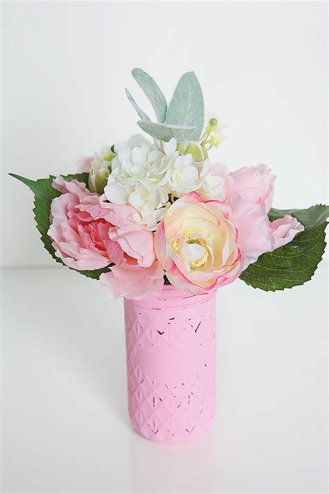 Pretty Flower Vases by Easy Floral Decor Eighteen25