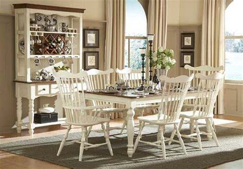 Country Style Dining Room Furniture Lorna S Classic Dining Collection In Country Style Dining Room Home Interiors