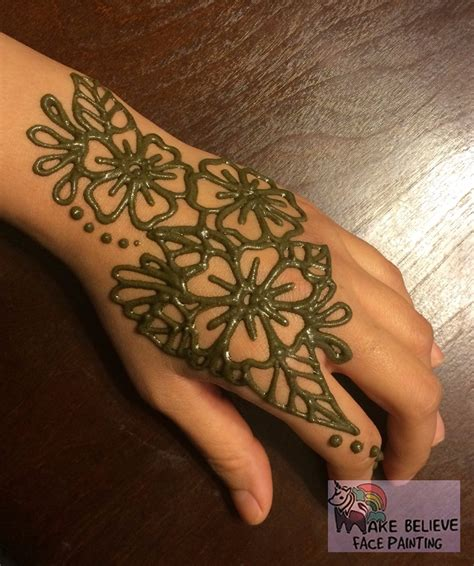 flower henna tattoo on hand henna tattoos mehndi make believe painting