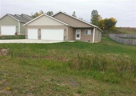 houses for sale in minot nd houses for sale in minot nd 28 images 6810 17th ave nw minot nd 58703 foreclosed