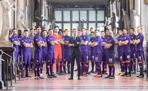 acf fiorentina sede maglia calcio personalizzata 2018 maglia calcio