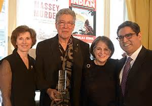 the inconvenient indian a curious account of in america books king remporte le prix rbc 2014 pour