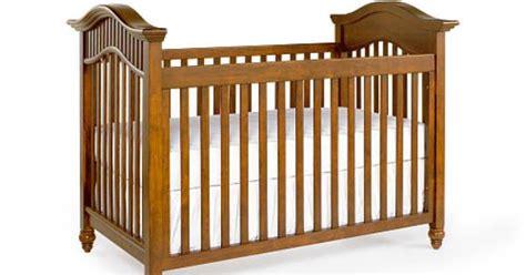 babi italia classic crib babi italia eastside classic convertible crib cinnamon