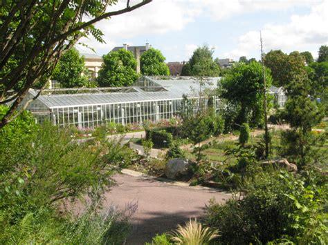 agréable Plantes Et Jardins Com Serres #5: Jardin-des-plantes-et-jardin-botanique-2.jpg