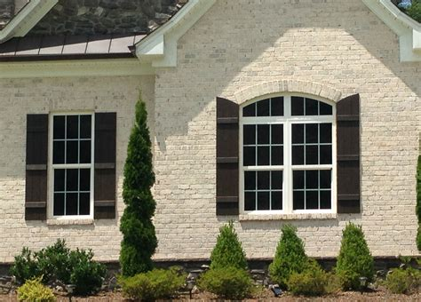shutter colors for brick house white chesapeake pearl brick with white mortar looks great