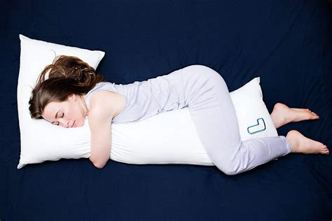 Best Pillow For Side Sleepers With Neck And Shoulder by Top 10 Best Pillows For Side Sleepers
