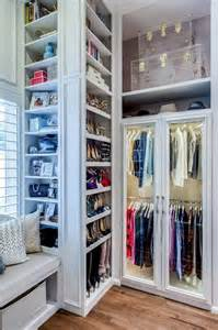 Organize Walk In Closet by 32 Cool And Smart Ideas To Organize Your Closet Digsdigs