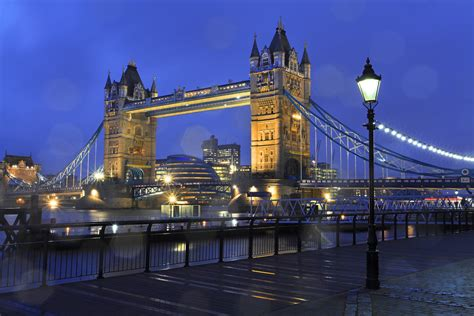 Wall Murals Photo Wallpaper tower bridge london wall mural amp photo wallpaper photowall
