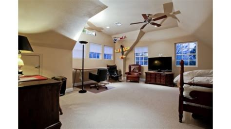 garage loft apartment friday five hundred need some extra income this perry
