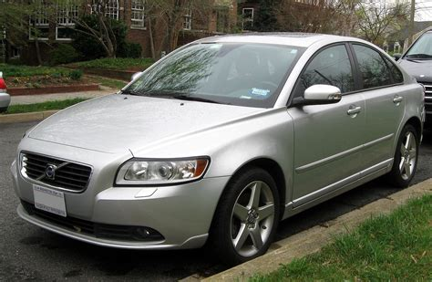 books about how cars work 2011 volvo s40 free book repair manuals file 2008 2011 volvo s40 03 21 2012 2 jpg wikimedia commons