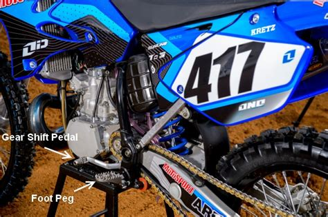 How To Find Dirt On How To Use A Clutch On A Dirt Bike Motosport