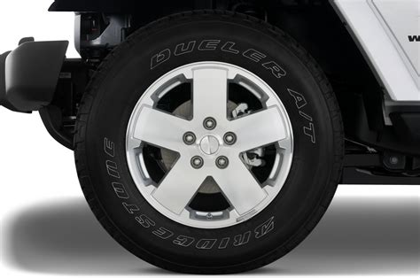 Jeep Yj Wheels 2010 Jeep Wrangler Reviews And Rating Motor Trend