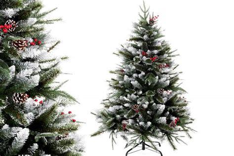 vasos arbol navidad arbol de navidad con vasos de plastico reciclando en navidad with arbol de navidad con vasos de