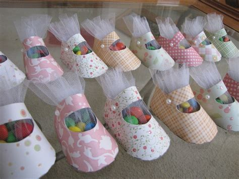 Baby Shower Crafts For Guests by Baby Shower Paper Shoe Favor Pictures To Pin On