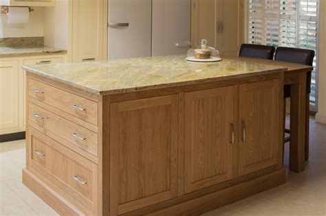 kitchen islands oak shaker kitchens