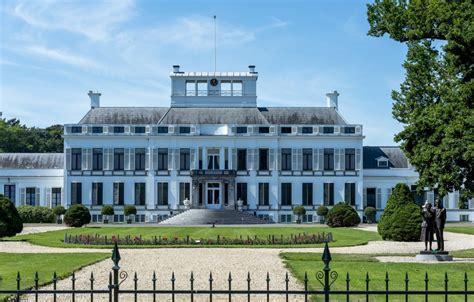 paleis soestdijk mogelijk hotel soestdijk opgekocht