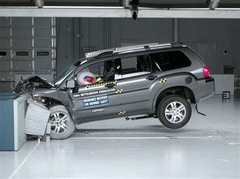 lifted mitsubishi endeavor 2004 mitsubishi endeavor moderate overlap iihs crash test