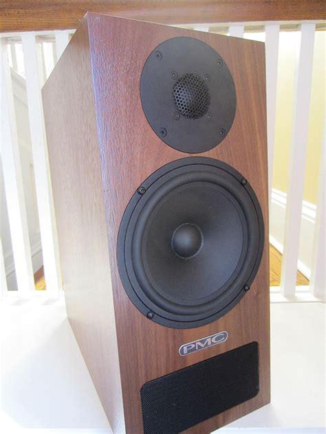 pmc twenty 22 monitor bookshelf speakers review
