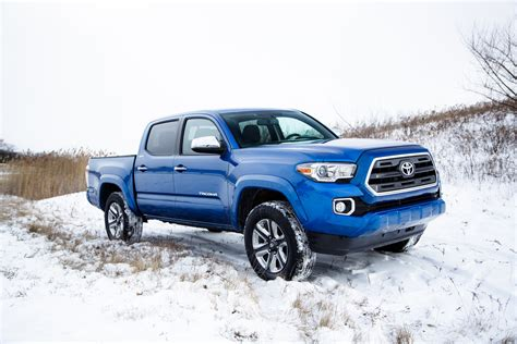 toyota tacoma 2016 toyota tacoma reviews and rating motor trend