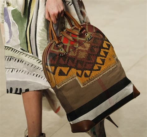 Burberry 2008 Handbags Runway Review by Burberry Fall 2014 Runway Bags 12 For Best Designer