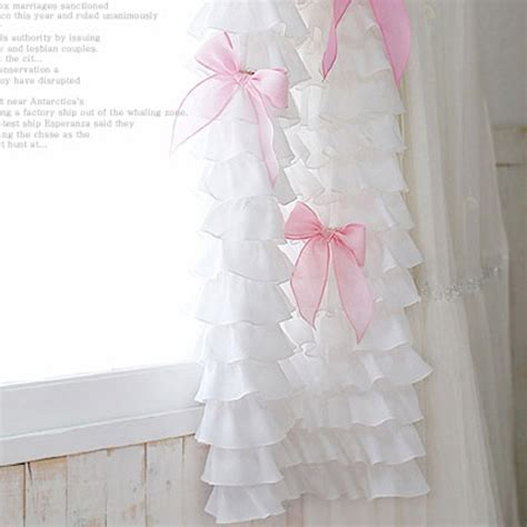 White Ruffle Curtains How To Make Waterfall Ruffle Curtains Curtain Menzilperde Net
