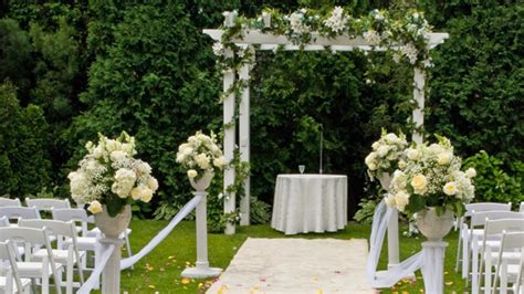 garden wedding themes decorations garden wedding checklist